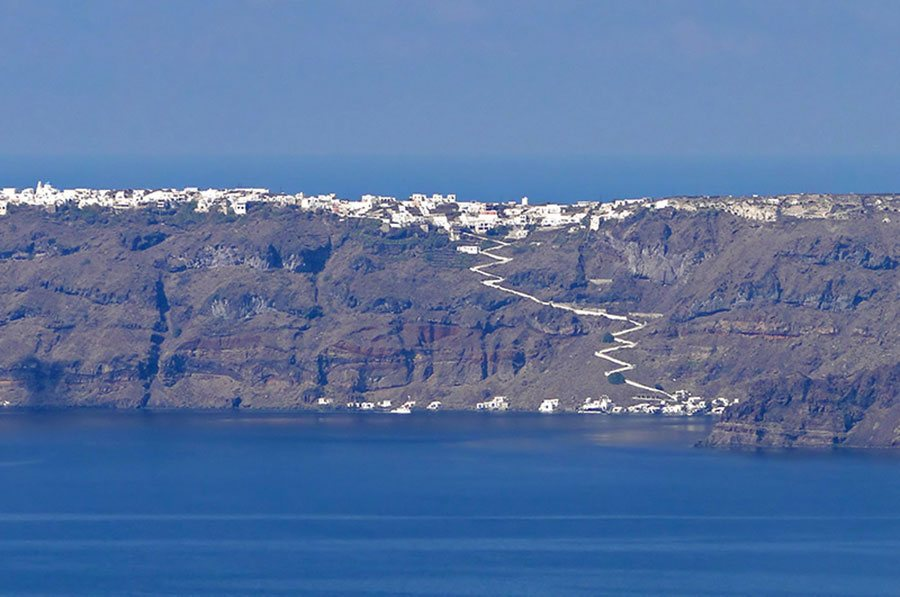 General Santorini Travel Tips
