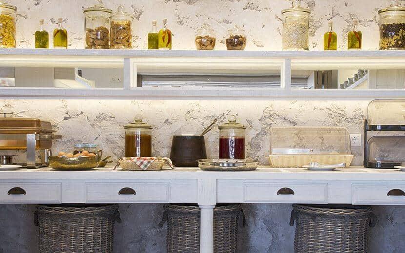 Παροχές 5 Λόγοι για να επιλέξετε το Ξενοδοχείο Μακρής στη Σαντορίνη